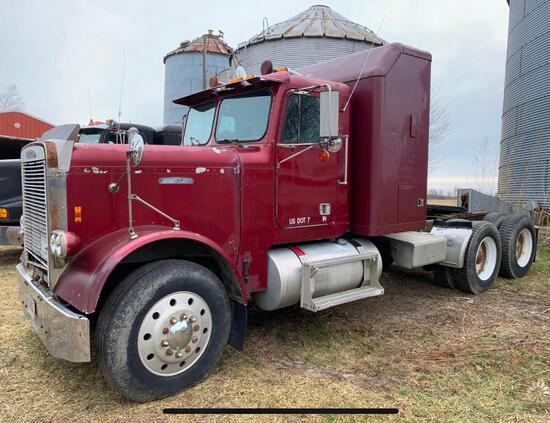 1984 Freightliner semi