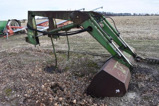 John Deere 158 loader