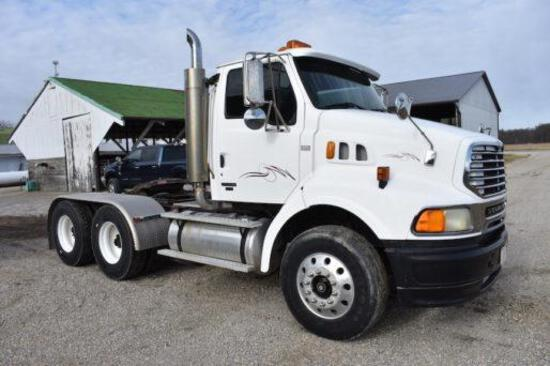 2004 Sterling day cab semi