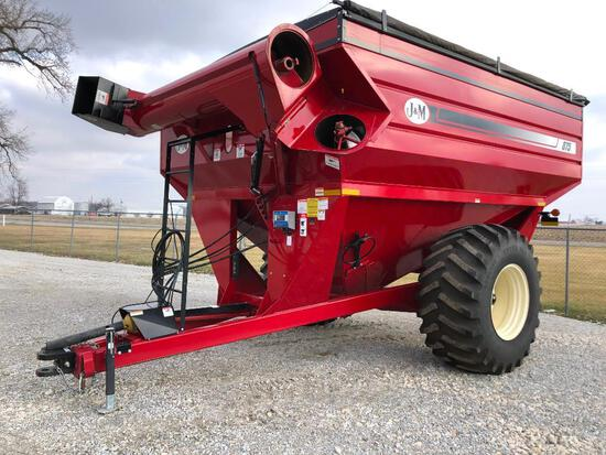 J&M 875 grain cart