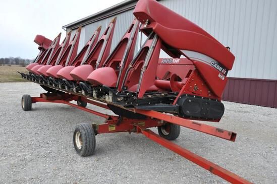 "2010 Case IH 3208 8 row 30"" corn head"