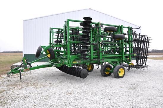 """John Deere 2310 39' 9"""" soil finisher"""