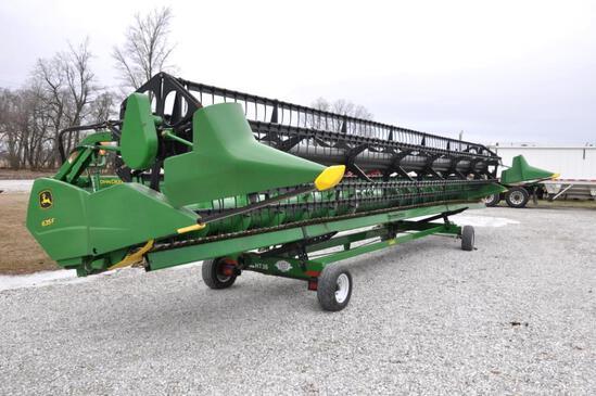 2011 John Deere 635F 35' HydraFlex platform