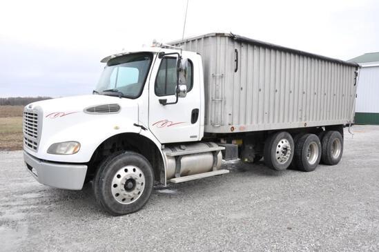 2005 Freightliner grain truck