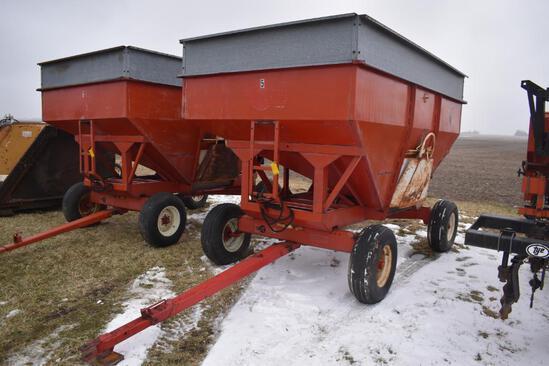 EZ Trail 1074 gravity wagon
