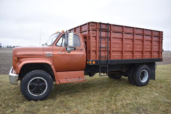 1977 GMC 6000 Topkick grain truck