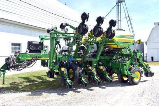 2010 John Deere 1790 CCS 12/23 planter