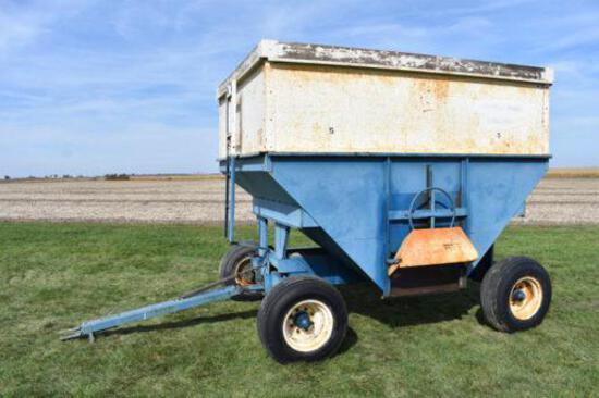 DMI 300 bu. gravity wagon