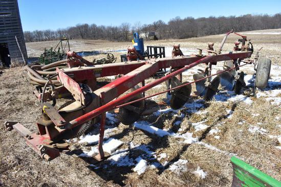 International 720 5-bottom plow