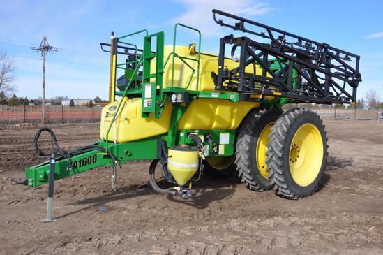 2012 Top Air TA1600 pull-type sprayer