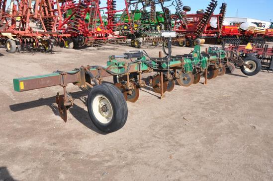 Hawkins 3-pt. liquid fertilizer applicator