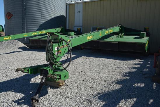 John Deere 946 13' mower conditioner
