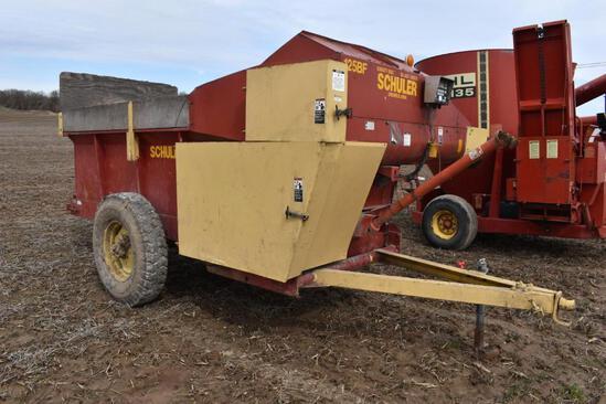 Schuler 125BF feed wagon