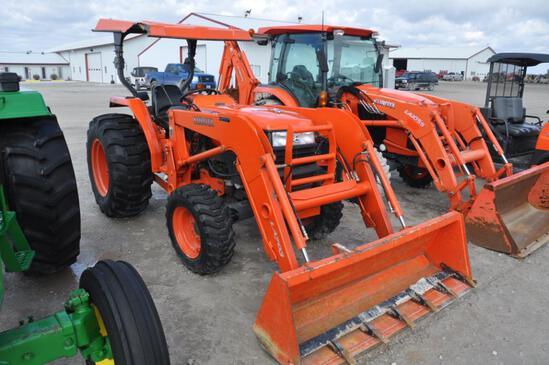 Kubota L4400 MFWD compact tractor