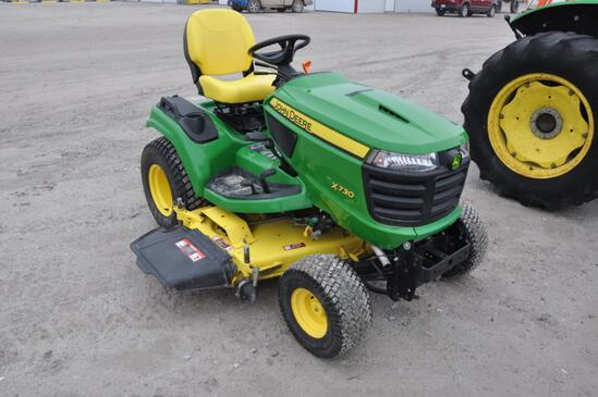 JD X730 riding lawn mower