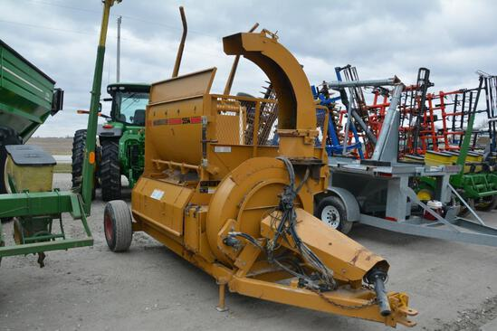Haybuster 2554 bale processor