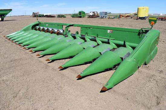 "2013 John Deere 612C 12 row 30"" corn head"