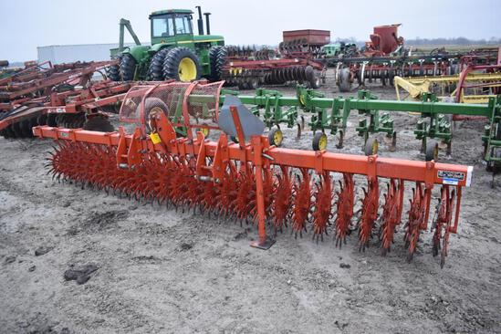 Yetter 3415 15' rotary hoe