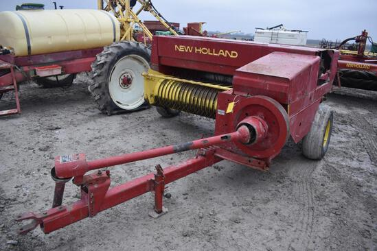 New Holland 315 small square