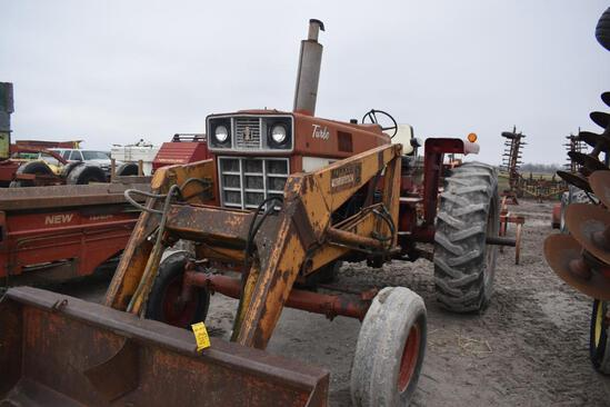 IHC 1466 2wd diesel tractor