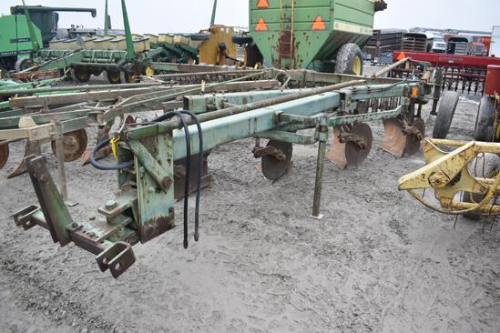 JD 1450 4-bottom plow