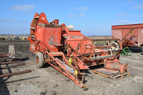 AC 72 pull-type combine