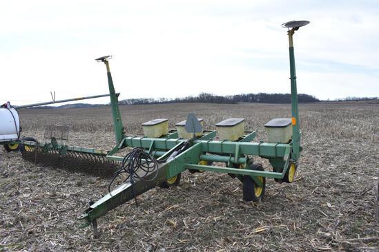 "John Deere 7000 4 row 36"" planter"