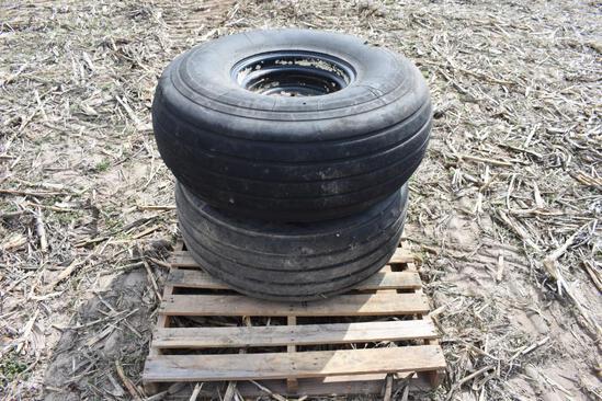 (2) 16.5L-16.1SL tires and 8-bolt wheels
