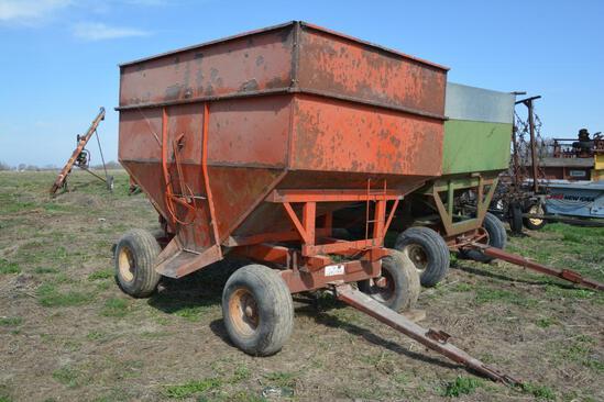 Killbros 225 bu. gravity wagon on Kewanee 47 gear
