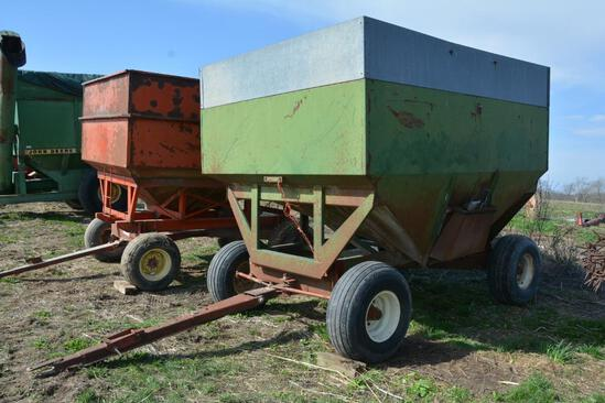 Dakon 275 bu. gravity wagon on Dakon 12 ton gear