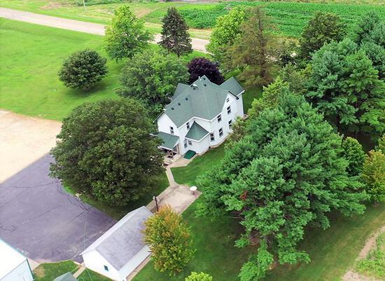 Tract 2 - Home, Outbuildings & 5.00 Surveyed Acres