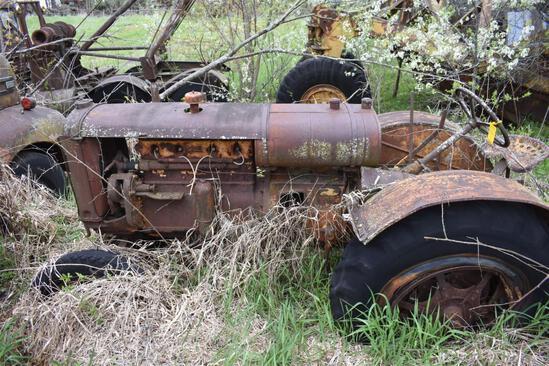 Antique Twin City tractor, fenders, spoke wheels