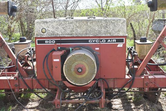 "International Cyclo 800 8R 38"" planter"