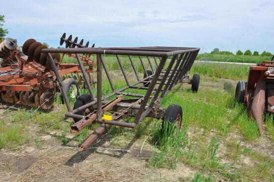 Shopbuilt 21' hay feed wagon
