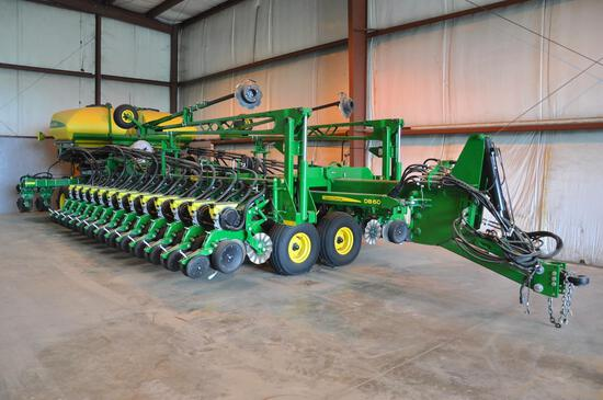 "2018 John Deere DB60 CCS 36 row 20"" planter"