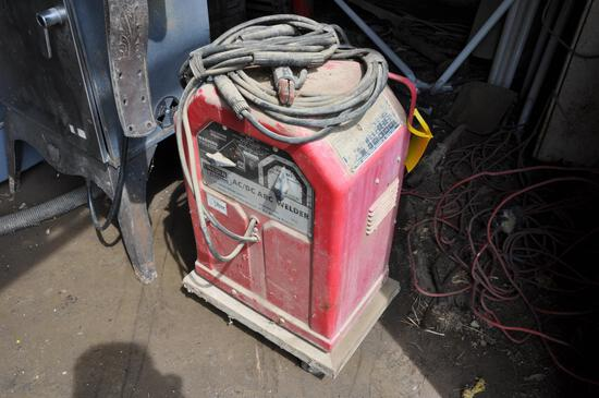 Lincoln Electric AC/DC arc welder