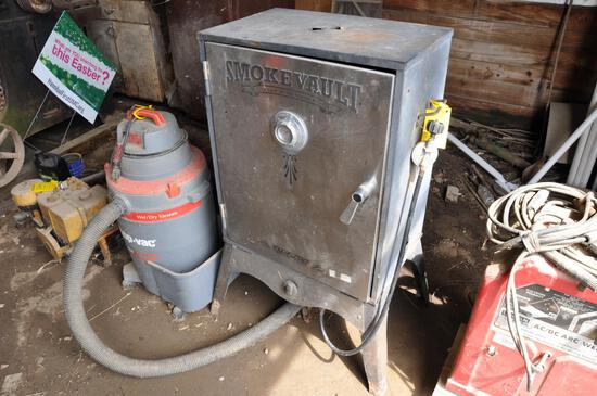 Camp Chef Smoke Vault cooker