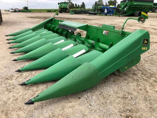 "1999 John Deere 893 8 row 30"" corn head"