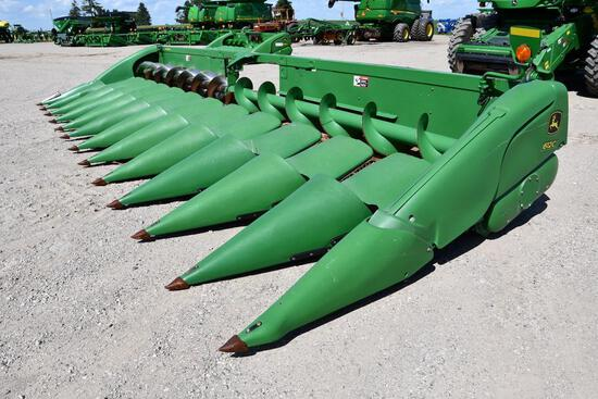 "2012 John Deere 612C 12 row 30"" corn head"