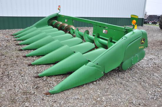 "2016 John Deere 608C 8 row 30"" corn head"