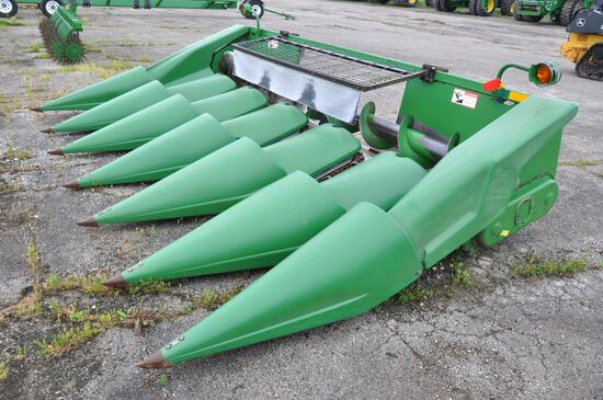 "John Deere 643 6 row 30"" corn head"