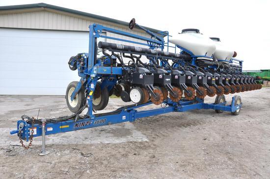 2011 Kinze 3600 ASD 16/31 planter