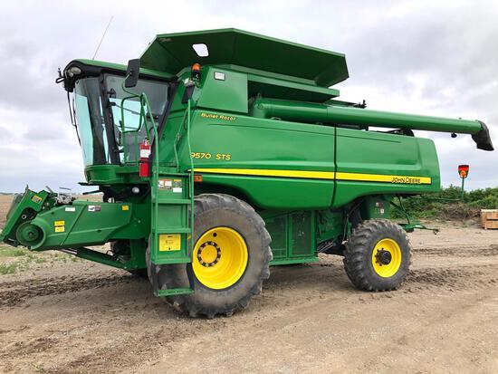 2011 John Deere 9570 STS 4wd combine