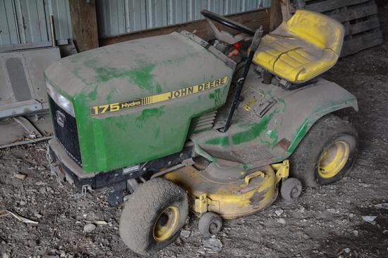 John Deere 175 Hydro riding lawn mower