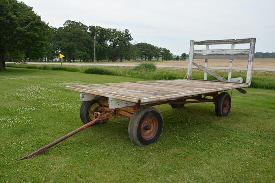 16' wooden hay rack