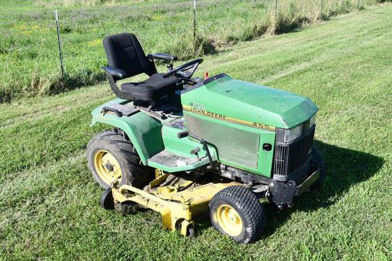 John Deere 455 4-wheel steer lawn mower