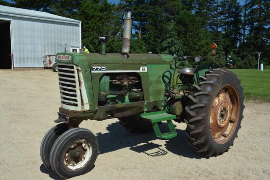 1964 62 Oliver 770 gas tractor