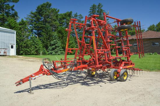 Sunflower 5034-26 26' field cultivator