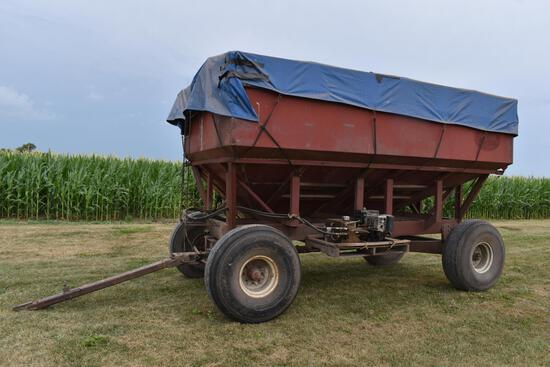 "M&W 300B ""Little Red Wagon"" gravity wagon"
