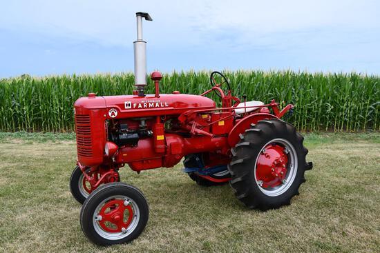 1948 IHC Super A tractor